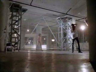 Angelina jolie i første sex scene