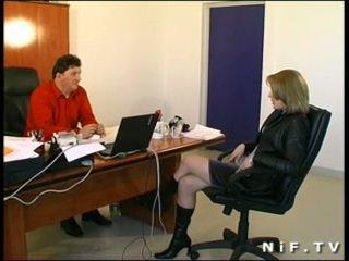 Uzbudinātas francūzieši meitene sodomized uz mūsu birojs