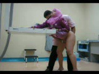 Arab picsa -ban rózsaszín gets neki punci eaten ki majd szar -től mögött videó