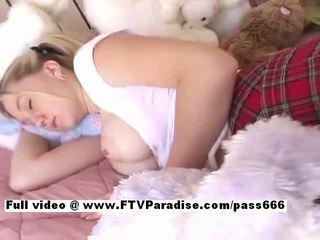 Alison từ ftv babes asleeped busty cô gái tóc vàng bé gets ngón chân