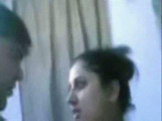 India madura pareja follando muy duro en baño